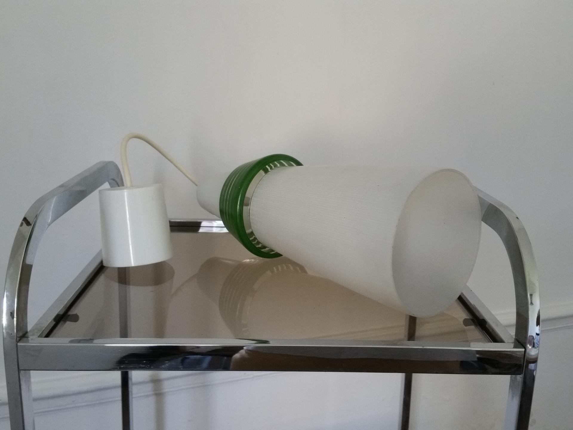 3 suspension opaline blanche et verte 50 60
