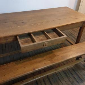 3 table de ferme avec 2 bancs