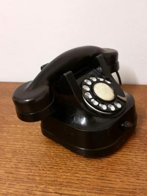 Téléphone 60's