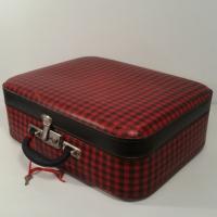 3 valise ecossaise rouge