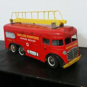 4 camion de pompier joustra