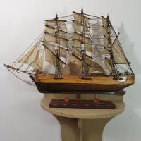 4 maquette de bateau 3 mats