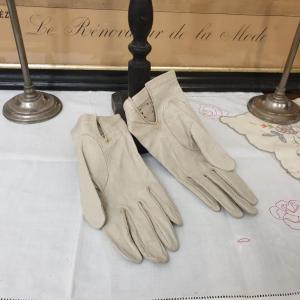 4 paire de gants de femme 4