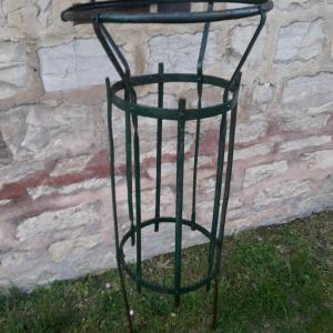 4 poubelle de jardin public