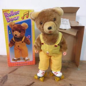 4 roller bear
