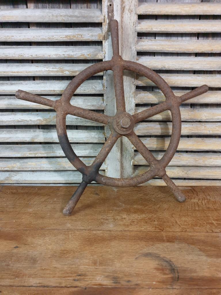 4 roue de bateau