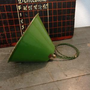 4 suspension emaillee conique verte