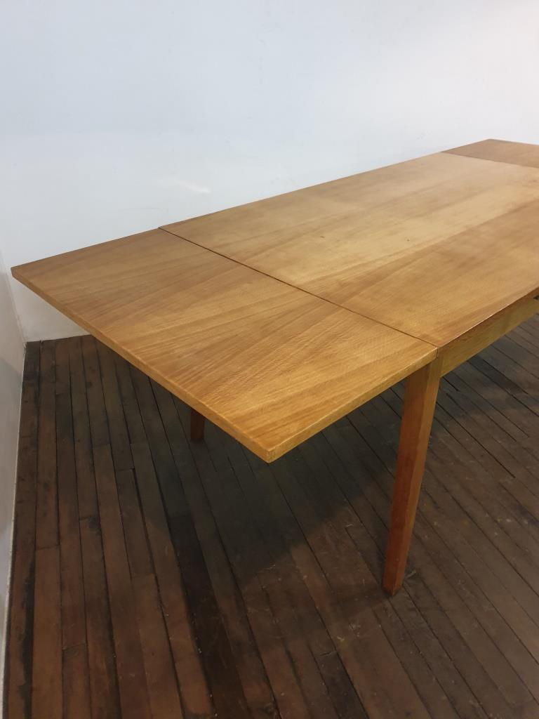 4 table a manger 40s
