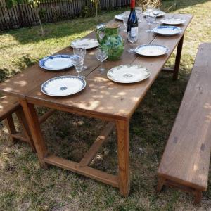 4 table de ferme avec bancs