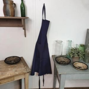 4 tablier bleu