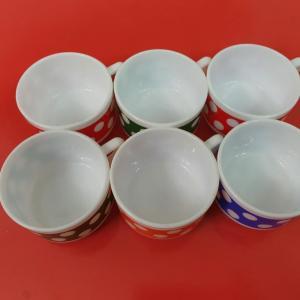 4 tasses arcopal a pois