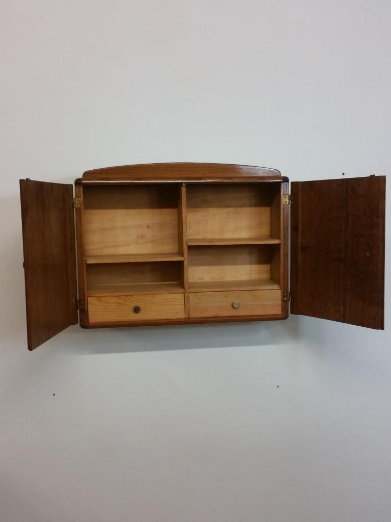 5 armoire a suspendre