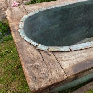 5 baignoire cuivre et bois