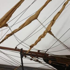 5 bateau vieux grement voilier l ouragan