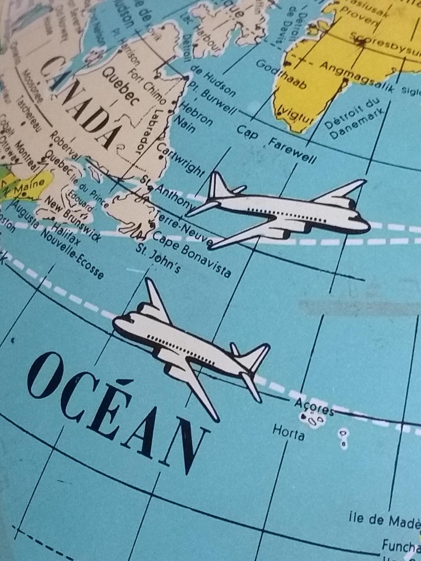 5 globe avions