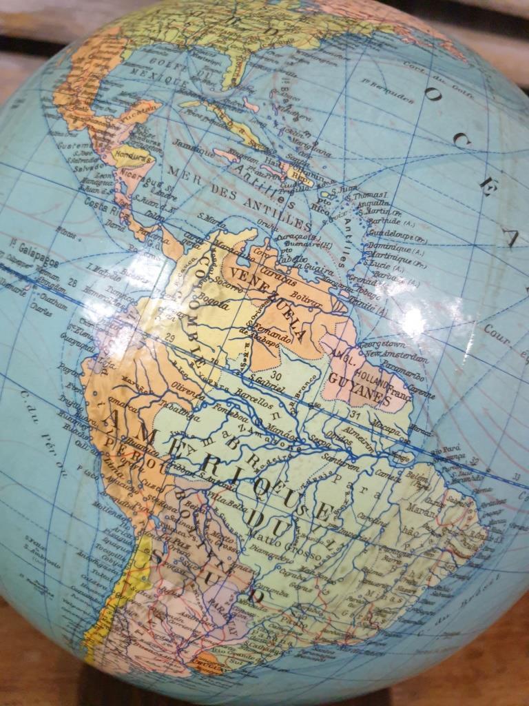 5 globe terrestre