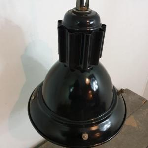 5 lampe d atelier industriel 2
