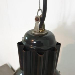5 lampe d atelier industriel 3