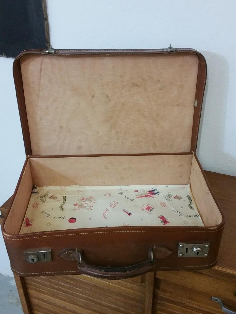 5 valise en cuir