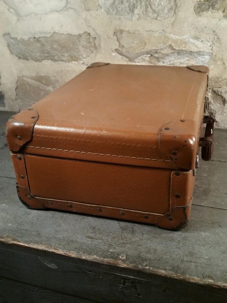 5 valise marron 60