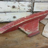 6 bateau de bassin coque rouge