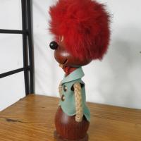 6 bonhomme aux cheveux rouges
