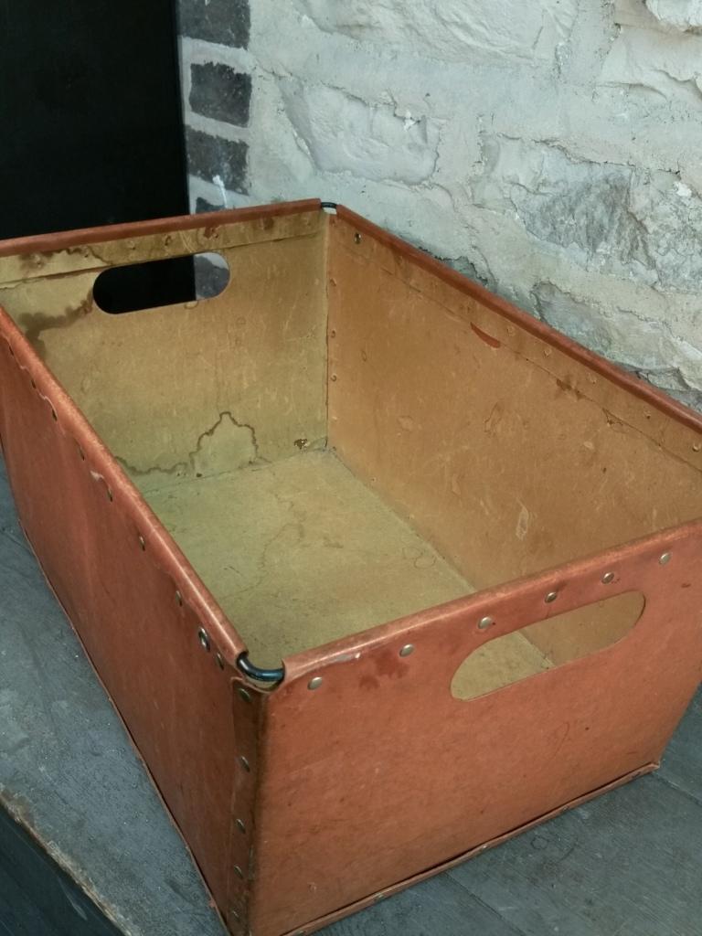6 caisse de bonneterie 2