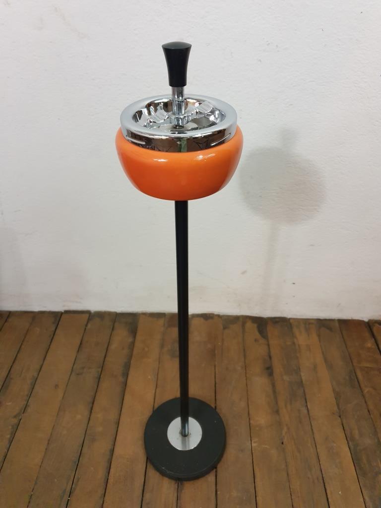 6 cendrier orange