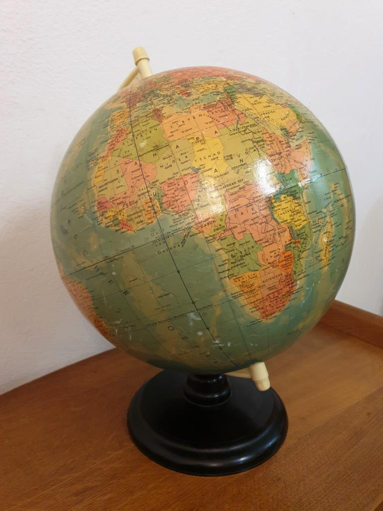 6 globe terrestre rath