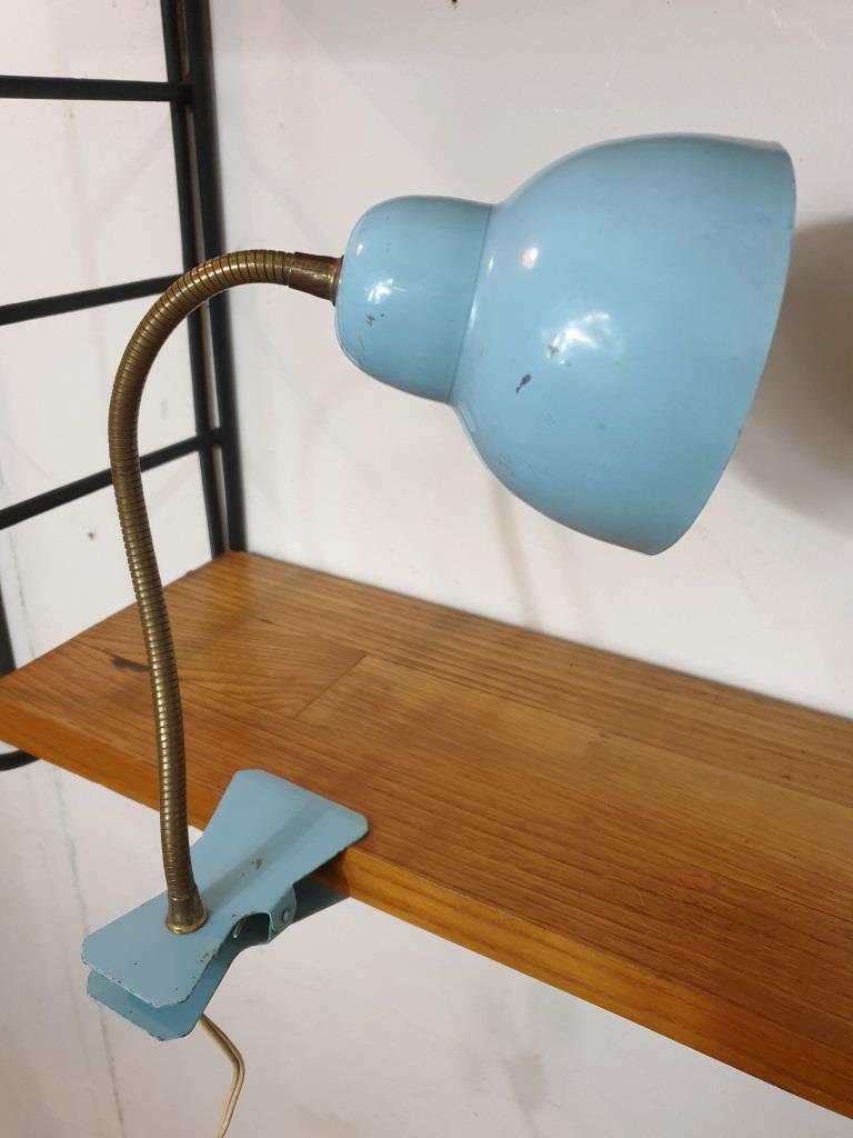6 lampe cocotte pince bleue
