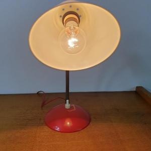 6 lampe cocotte rouge et blanche