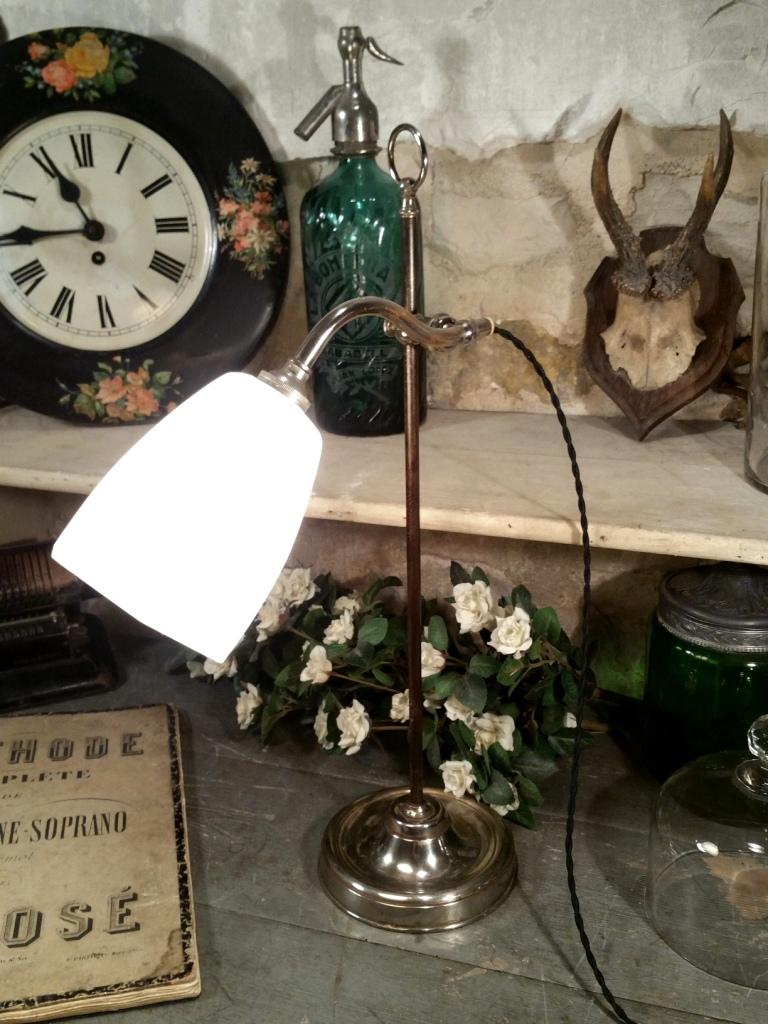 6 lampe de table opaline blanche