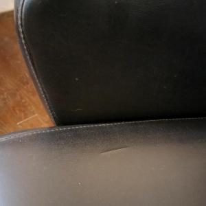 6 paire de fauteuils skai noir copie