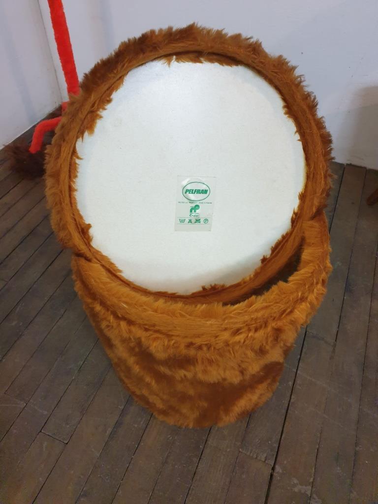 6 pouf moumoute pelfran