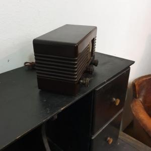 6 radio bakelite