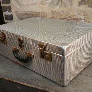 6 valise en alu gauffre