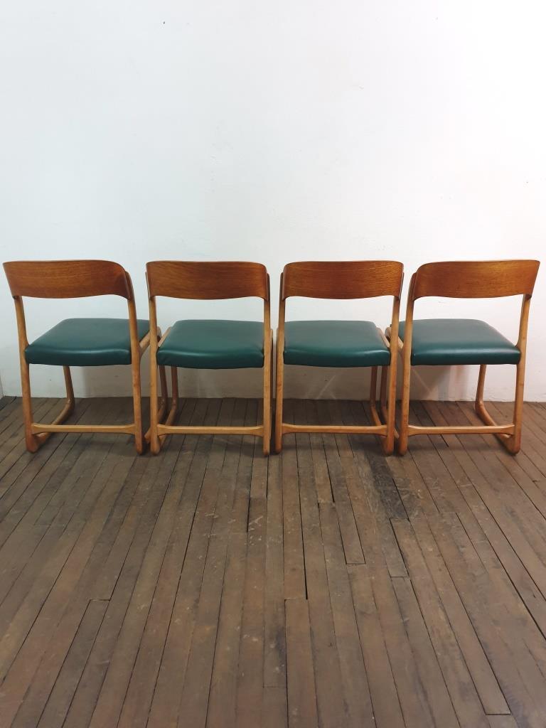 7 chaises traineau baumann