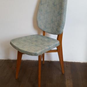 7 chaises vertes 60 s