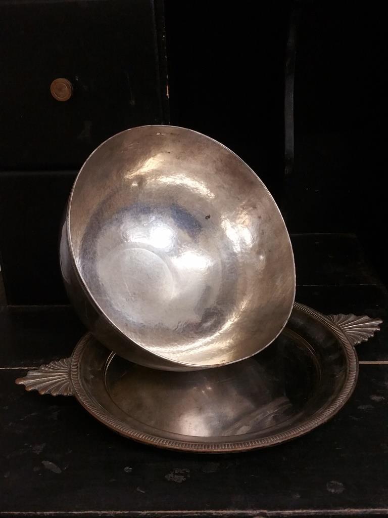 7 cloche en metal argente
