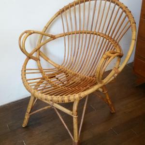 7 fauteuils en osier