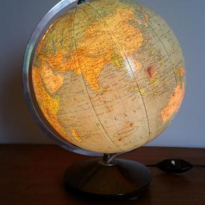 7 globe terrestre lumineux magelan