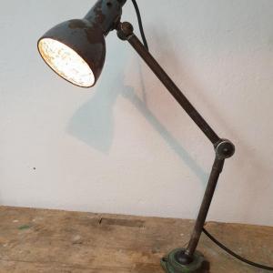 7 lampe d atelier
