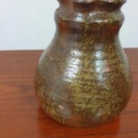 7 pichet en ceramique signe