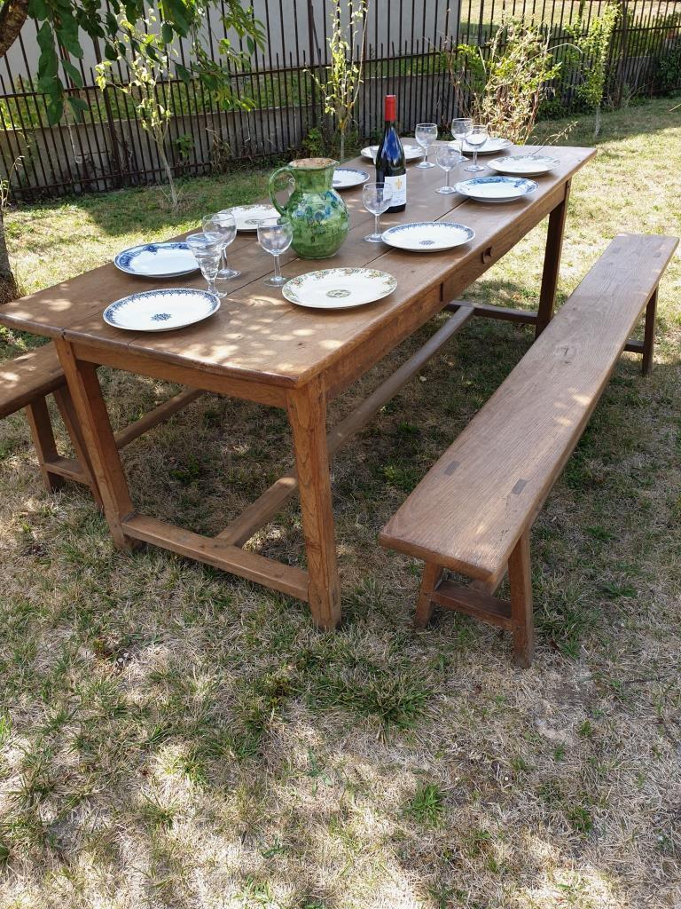 7 table de ferme avec bancs