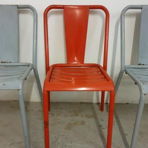 7 table et chaises tolix de bistrot