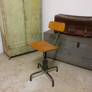 8 chaise d atelier