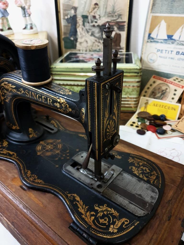8 machine a coudre singer