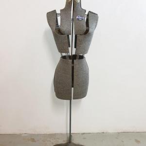8 mannequin acme
