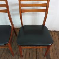 9 chaises scandinaves