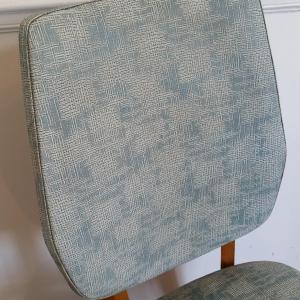 9 chaises vertes 60 s
